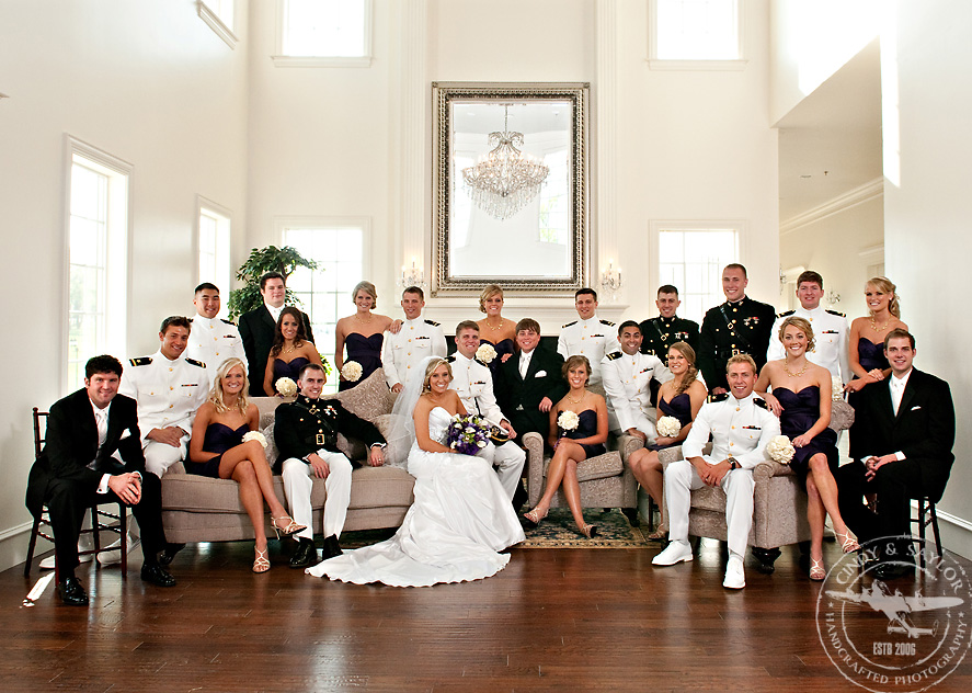large souther style wedding party at the milestone by dfw wedding photographers cindy and saylor
