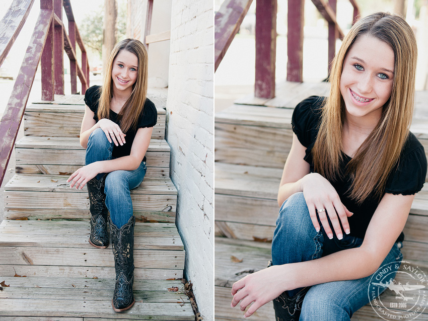teen girl with boots and jeans by texas portrait photographer Cindy and Saylor