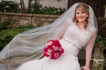 Bridal portraits with hot pink, light pink bouquet at the dallas arboetum
