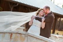 December wedding at Hidden Springs Events in Aubrey Texas