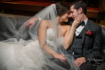 wedding at Noah's Event Venue in Richardson, Texas | Photos by Cindy & Saylor